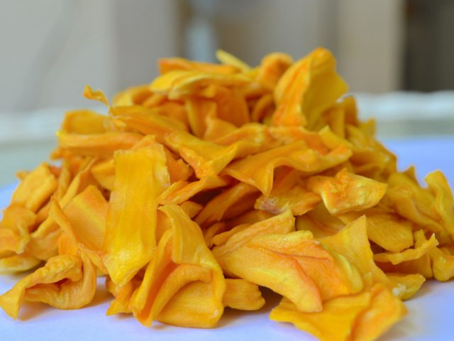 https://azf.vn/wp-content/uploads/2020/02/Natural-Dried-Jackfruit-1-Large-640x480.jpg